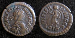 Valentinian AE 4 small