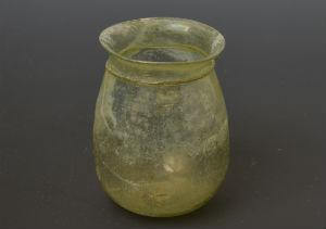 glass beaker c small