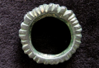 ring small